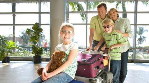 Dupla annyi holmit pakolunk a bőröndbe, mint kellene