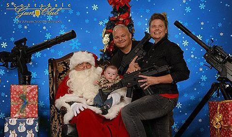 A legbizarrabb karácsonyi fotósorozat
