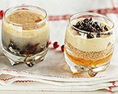 Hagyományos karácsonyi desszertek pohárban