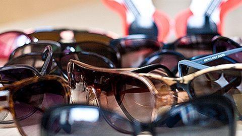 A látásunk bánja, ha piacos napszemüveget hordunk?