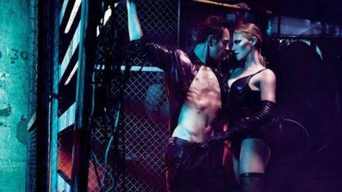 Ilyen domina Charlize Theron