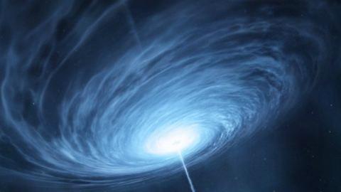 """Így néz ki egy távoli galaxis """"szíve"""""""