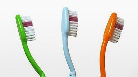 Feltalálták a komposztálható fogkefét