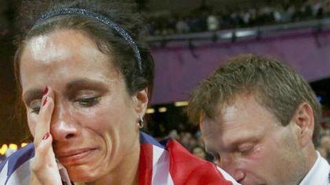 Edző férje együtt sírt az aranyérmessel