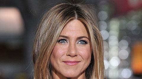 Jennifer Aniston samponmárkát indít