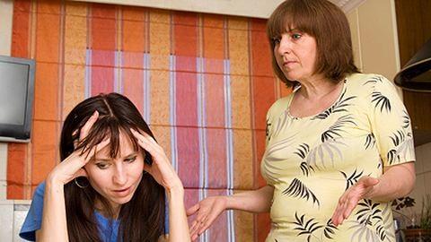 A gyereknevelésen veszekszünk legtöbbet az anyóssal