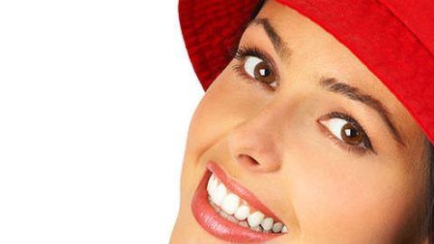 Így fehérítsd a fogadat házilag!