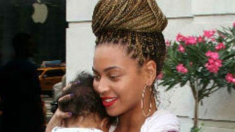 Eldőlt: Beyoncé lánya kapta 2012 legrosszabb nevét