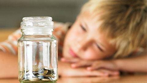 Hogy vegyük rá a gyereket a takarékoskodásra?
