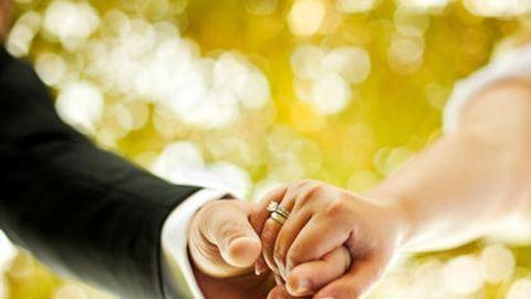 Tükörképem a párom – Szendi Gábor írása