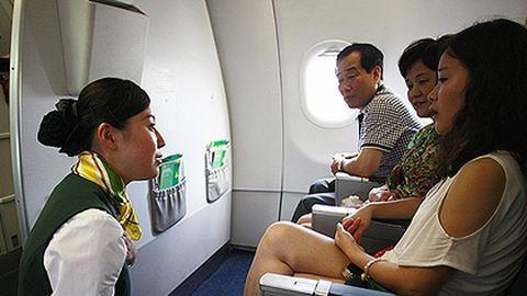 Családanyákat keresnek stewardessnek