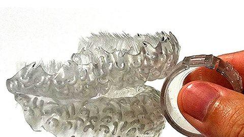 Ilyen lesz a jövő fogkeféje
