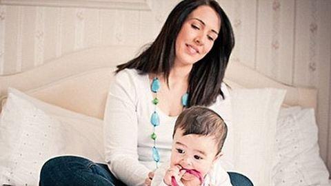 Megkönnyítik a fogzást a baba-mama ékszerek