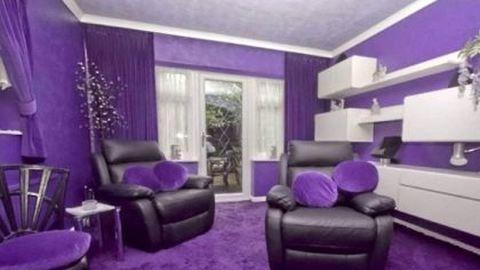 Totál lila házzal sokkol egy család