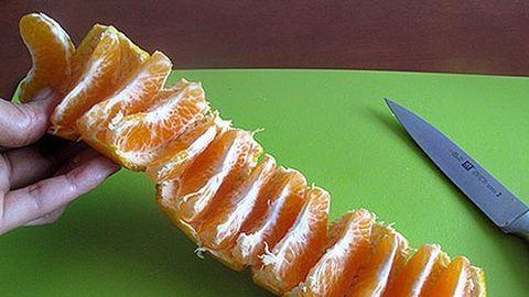 Szuper módszer mandarinhámozásra