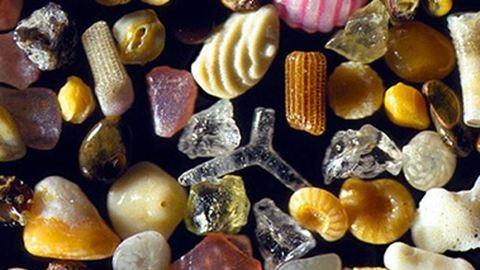 Lenyűgöző fotók: ilyenek a homokszemek közelről