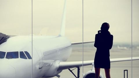 """""""Biztos nős emberrel utazol, ezért mondod, hogy egyedül mész"""""""