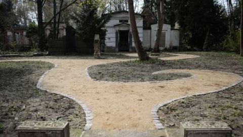 Leszbikusoknak nyílt temető Berlinben
