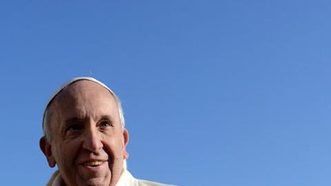 Less be Ferenc pápa otthonába! – fotók