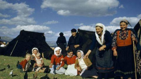 Az asszonyok tyúkot etetnek az Olümposzon: fotók Európa legszebb nemzeti parkjaiból