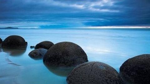 Bakancslistára való: a híres Moreaki-sziklák