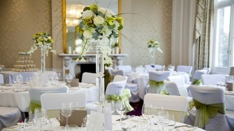 Hogyan rendezzük be az esküvői helyszínt?