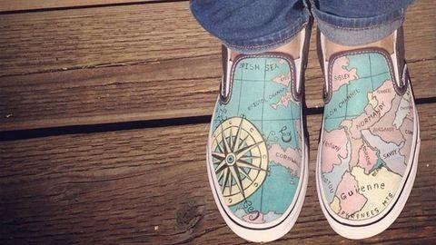 Elképesztő alkotások: kézzel festett cipők – fotók