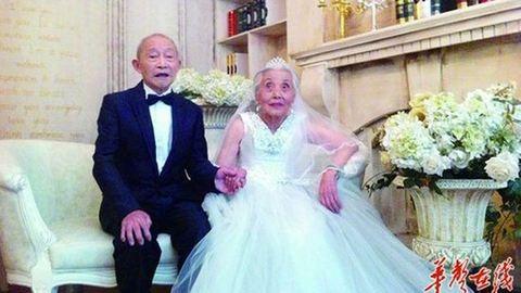 Megható: 86 évesen kapta meg az esküvői álomruhát