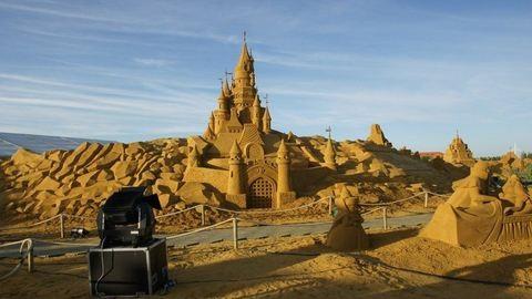 Disney-szobrok homokból - képek