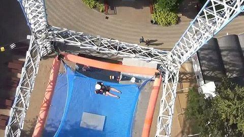 Ez a világ legrémisztőbb vidámparki játéka – videó