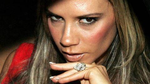 Victoria Beckhamnek 13 eljegyzési gyűrűje van