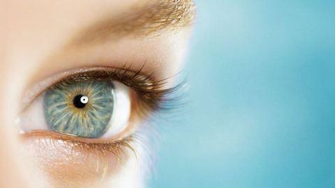 Őrizem a szemed –  mitől is?