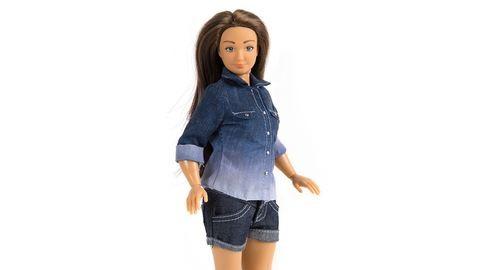 Narancsbőre és pattanásai vannak a normál Barbie-nak