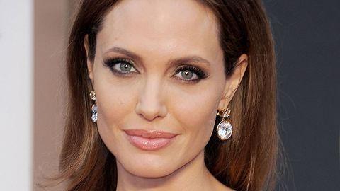 Friss: visszavonul Angelina Jolie
