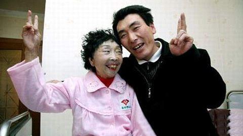 32 év korkülönbséggel házasodtak, 18 év után is boldogok