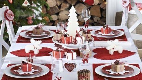 Terítéken a karácsonyi asztal