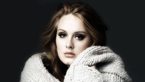 Friss: titokban szakított szerelmével Adele