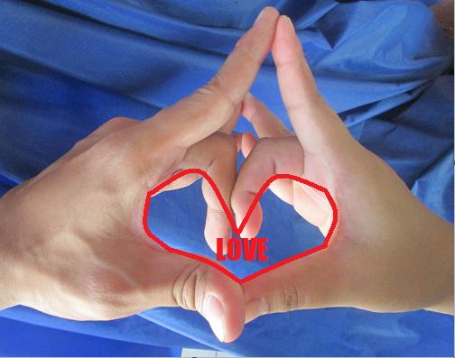 Te tudod, miért a negyedik ujjon hordjuk a jegygyűrűt?