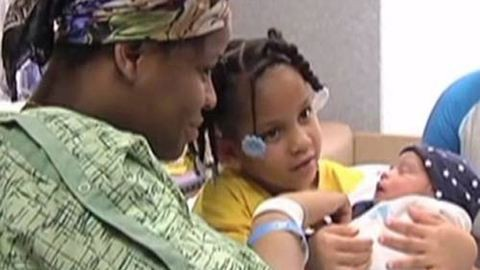 Megmentette terhes édesanyja életét egy négyéves kislány