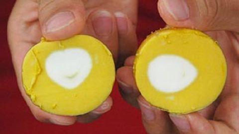 Így főzz kifordított tojást! – videó