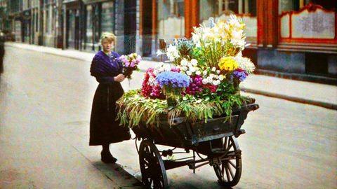 Soha nem látott fotók kerültek elő az 1900-as évek Párizsáról