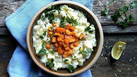Gyors vacsora: citromos burgonyafőzelék sült zellerrel