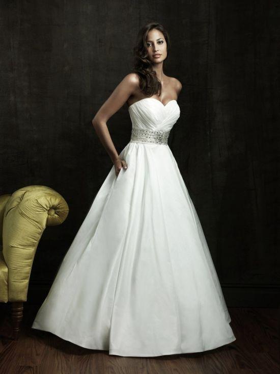 15 tökéletes zsebes menyasszonyi ruha