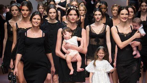 Az anyák előtt tiszteleg új kollekciójával a Dolce & Gabbana
