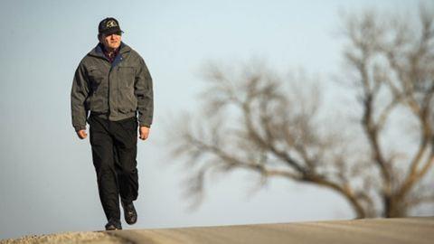 56 kilométert gyalogol a munkába a nagypapa