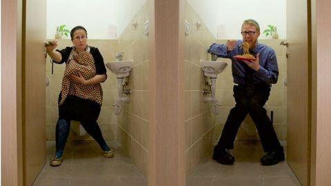 Te ettél már nyilvános vécében?