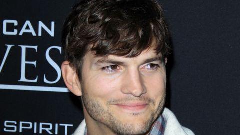 Ashton Kutcher olyat tett, amitől a szívünkbe lopta magát