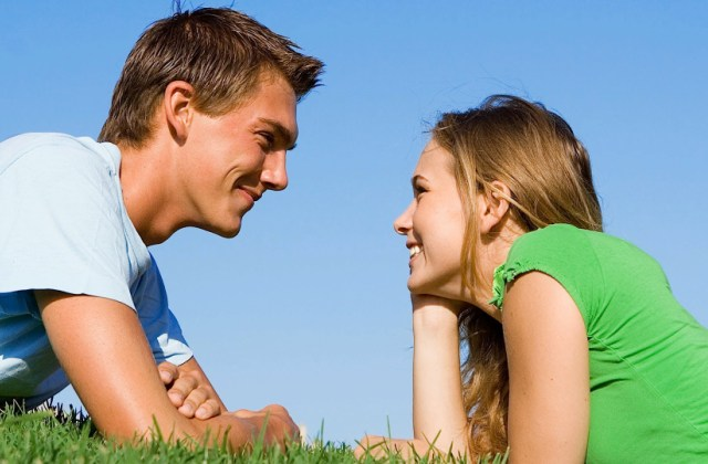 Szembeszéd - így kommunikálunk a tekintetünkkel