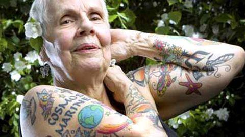 Így néznek ki a tetoválások az idősek testén – fotók