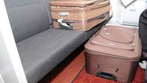 Bőröndben próbálta becsempészni nejét az EU-ba